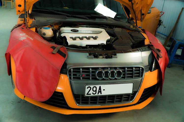 sửa xe Audi
