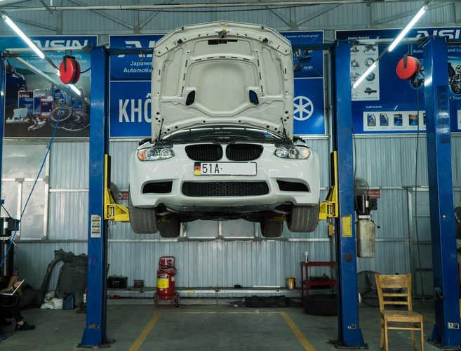 sửa xe BMW