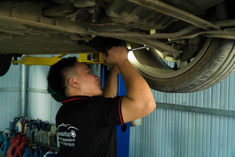 sửa xe Mercedes